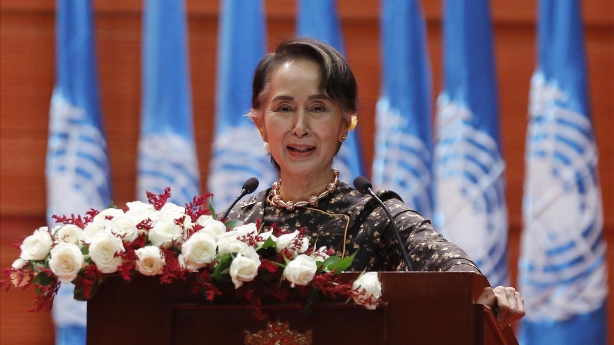Aung San Suu Kyi, durante una ceremonia del Día Internacional de la Mujer, en Birmania.
