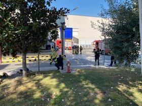 Quatre dotacions de bombers per extingir un incendi a Danone, situada al Sector Autopista de Parets