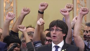 Carles Puigdemont, en el Parlament, el 27 de octubre del 2017, día de la DUI