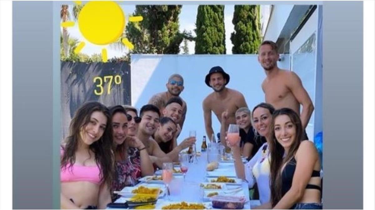La comida en la que los jugadores del Sevilla se saltaron el confinamiento.