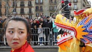 Desfile del Año Nuevo chino, el año pasado, en el parque de la Estació del Nord de Barcelona.