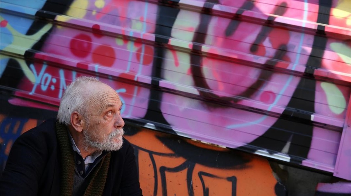 El dibujante Vallès.