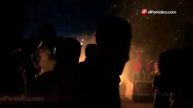 Disturbis a Sultangazi, diumenge a la nit