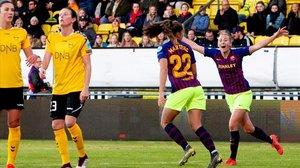 Duggan celebra con alborozo el gol de Martens.