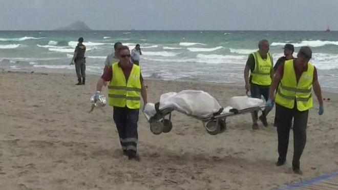 Encuentran el cadáver del piloto del avión estrellado en Murcia.