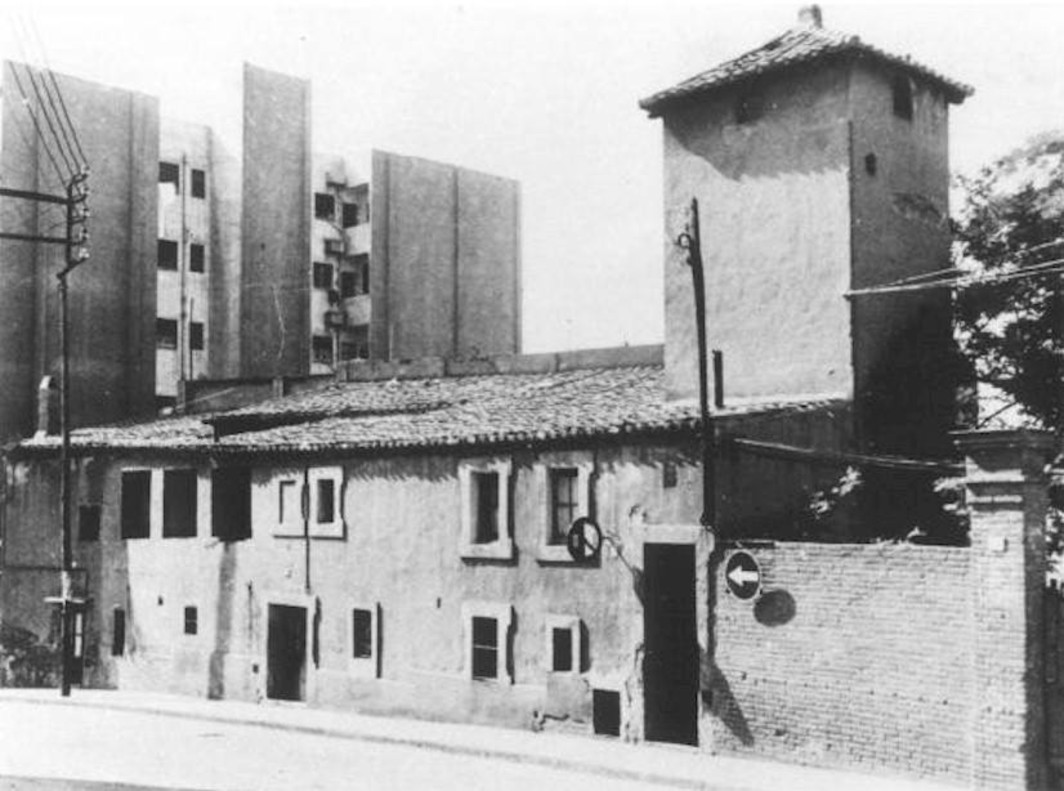Estado original del Castillo de Bellvís en el barrio de la Torrassa de LHospitalet