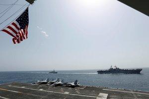 Despliegue de buques militares de los EEUU en elMar Arábigo. EFE