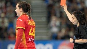 Ainhoa Hernández es expulsada en el último minuto de la final del Mundial.