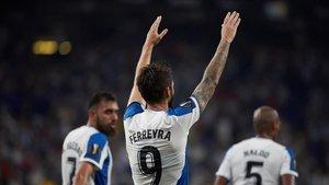 Ferreyra celebra uno de sus goles al Stjarnan en el RCDE Stadium,