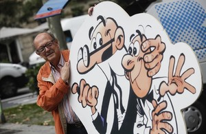 Francisco Ibáñez, con sus inseparables Mortadelo y Filemón.