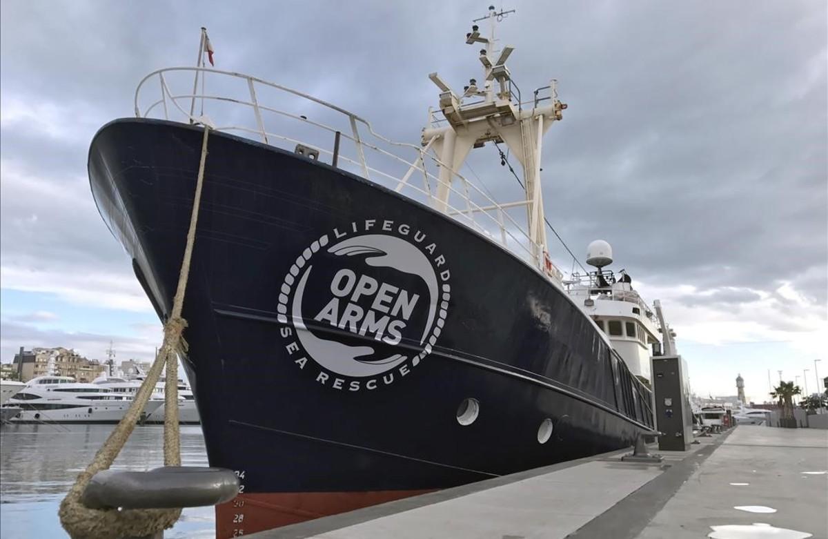 Golfo Azzurro es la nueva embarcación de la oenegé Proactiva Open Arms