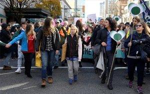 Greta Thunberg encabeza una protestas de jóvenes en Canadá.