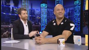 Pablo Motos, con el actor estadounidense Vin Diesel, en el programa de Antena 3 El hormiguero.