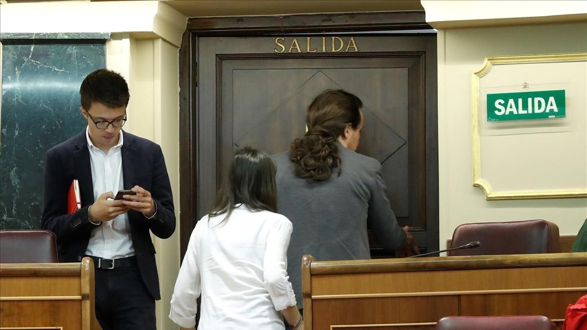Iñigo Errejón, Pablo Iglesias e Irene Montero, en el Congreso