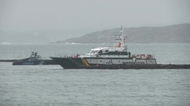 Un submarino cargado con casi 3.000 kilos de cocaína de gran pureza ha sido interceptado en la costa gallega.