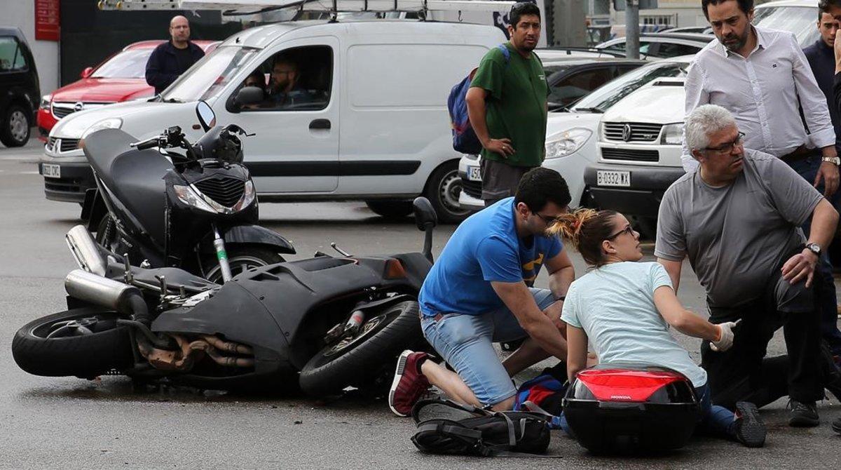 Tres persones moren en accidents de trànsit aquest cap de setmana