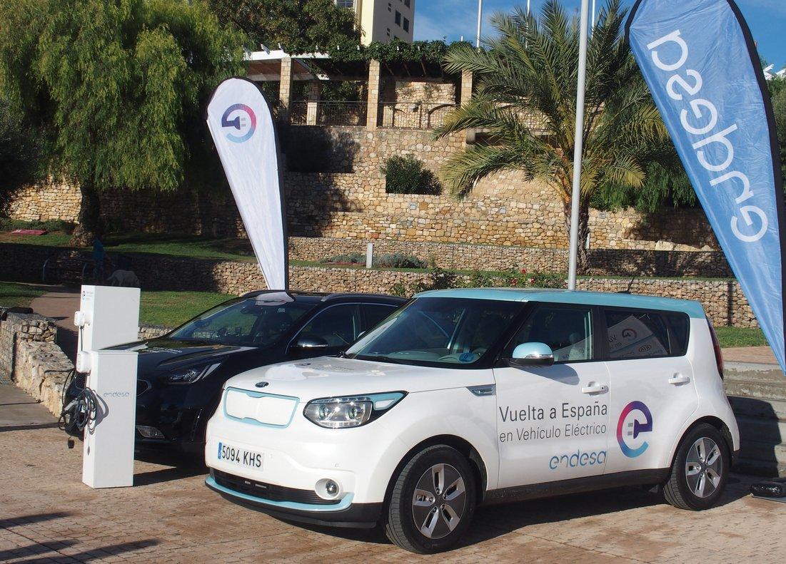 El Kia Soul EV, protagonista de la Vuelta a España en vehículo eléctrico de Endesa.