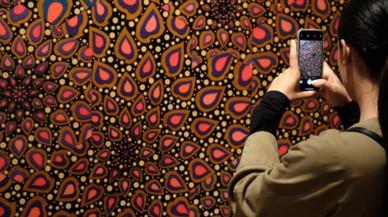 'La llum negra': un viaje alucinante por la psicodelia y el ocultismo en el arte