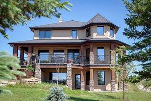 Esta mansión puede ser tuya por 20 euros... si das los mejores argumentos para quedártela
