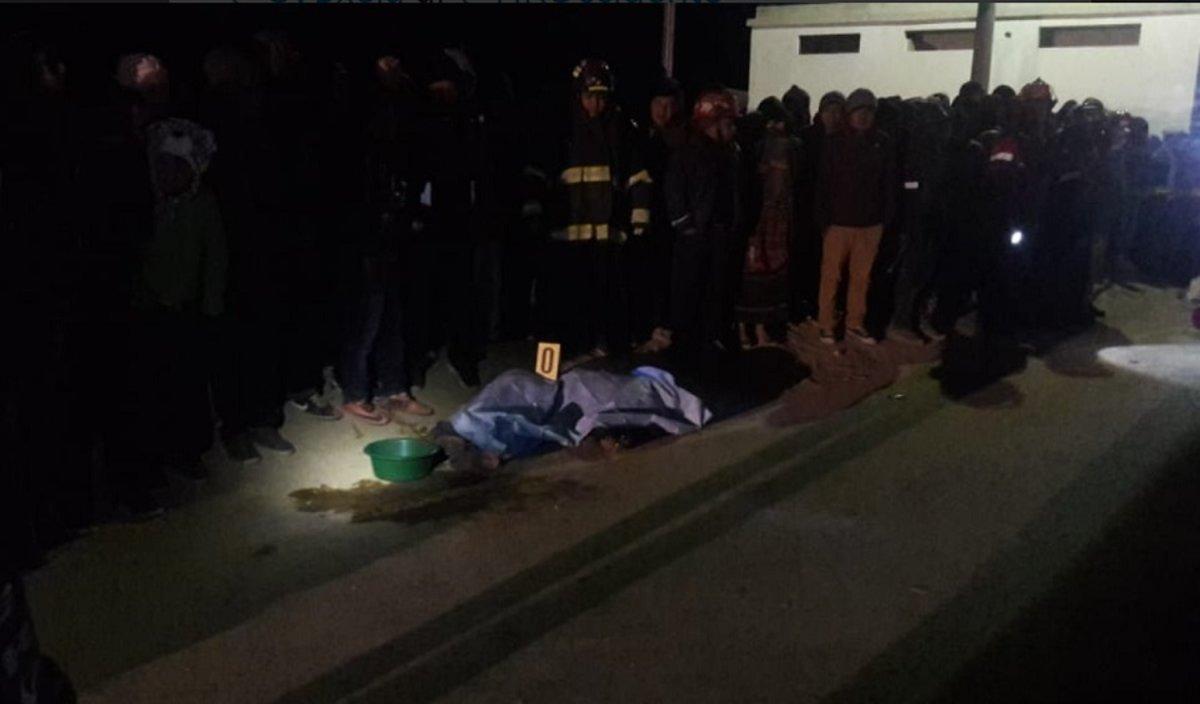 Al menos 30 muertos en Guatemala al ser atropellados por un camión.
