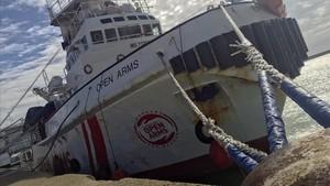 El Open Arms, amarrado en el puerto de Pozzallo, en Sicilia, el 19 de marzo.