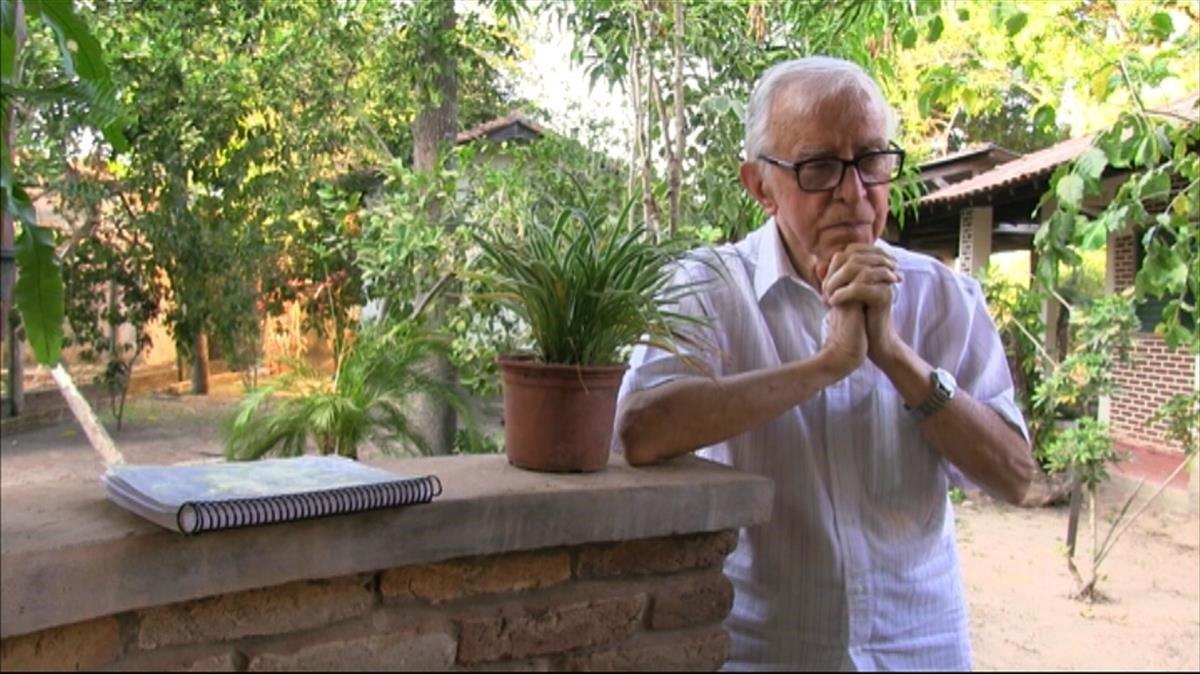 Pere Casaldàliga, en un documental de TV-3.