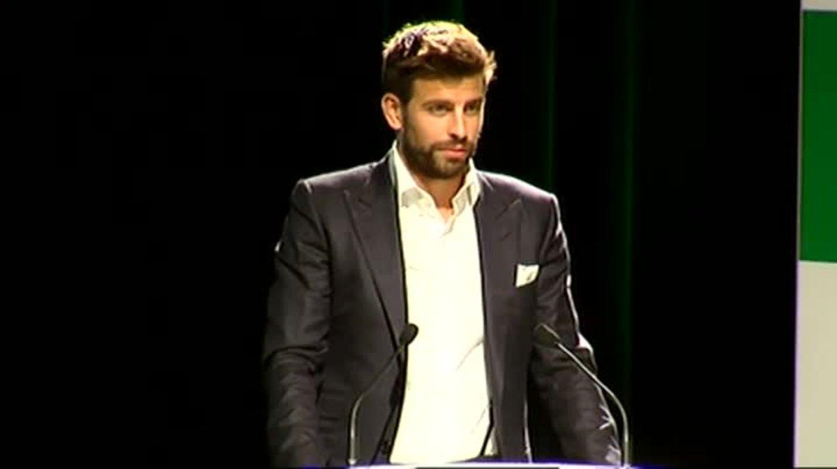 Piqué, protagonista en la presentación de la nueva Copa Davis.