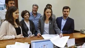 Diputados de Unidos Podemos registran la moción de censura a Rajoy, el pasado día 19.