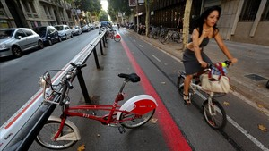 Carril bici en la calle de Provença.