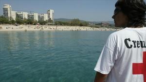 Mataró vol batre el rècord de banyistes fent 'snorkel'