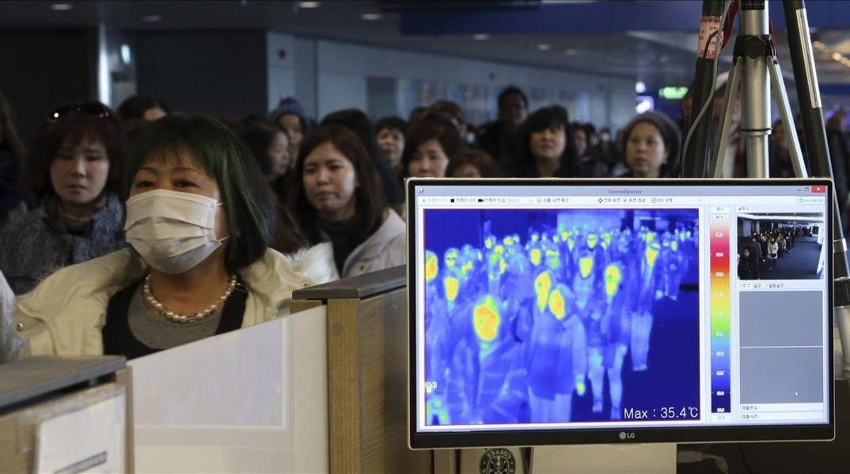 El coronavirus gripa el motor asiàtic