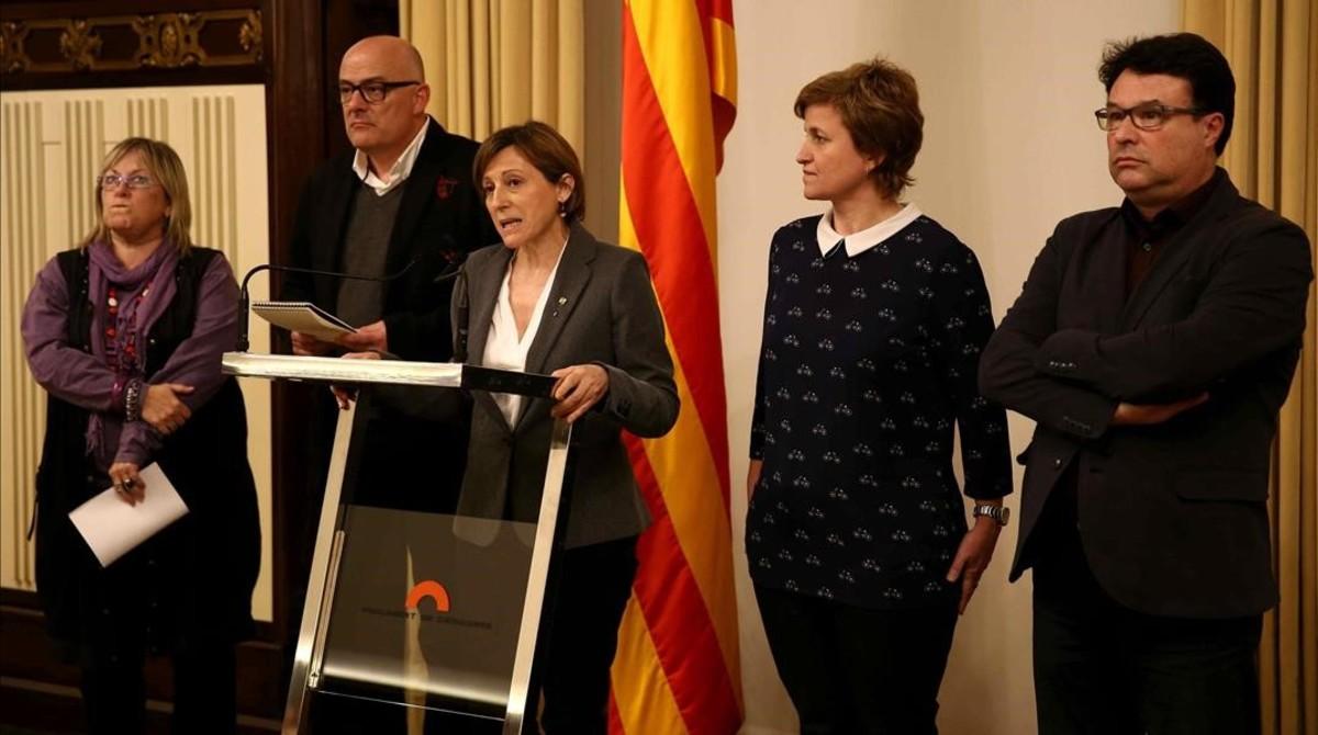 El TSJC considera que Forcadell i tres parlamentaris més podrien haver comès desobediència