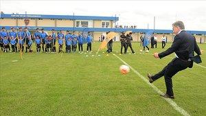 El presidente Macri estrenando los nuevos campos de Boca en abril del 2017.
