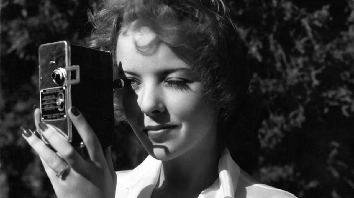 Ida Lupino, cámara en ristre en los años 40.