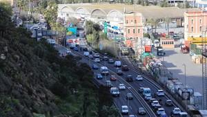 Tres de cada cuatro vehículos que tenían previsto salir de Barcelona ya lo han hecho