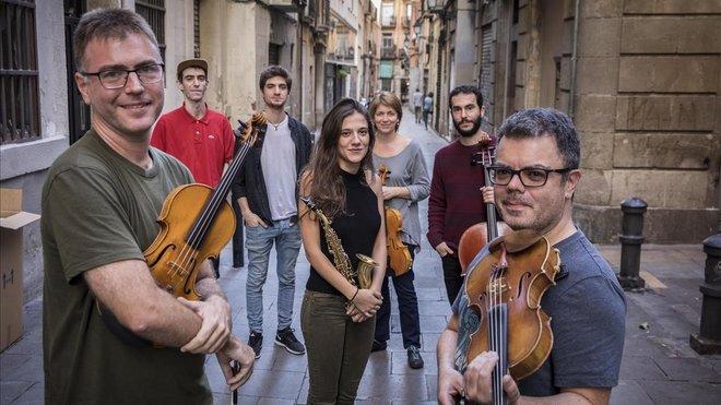 Eva Fernández, con el Quartet Brossa y otros aliados en la nueva experiencia.