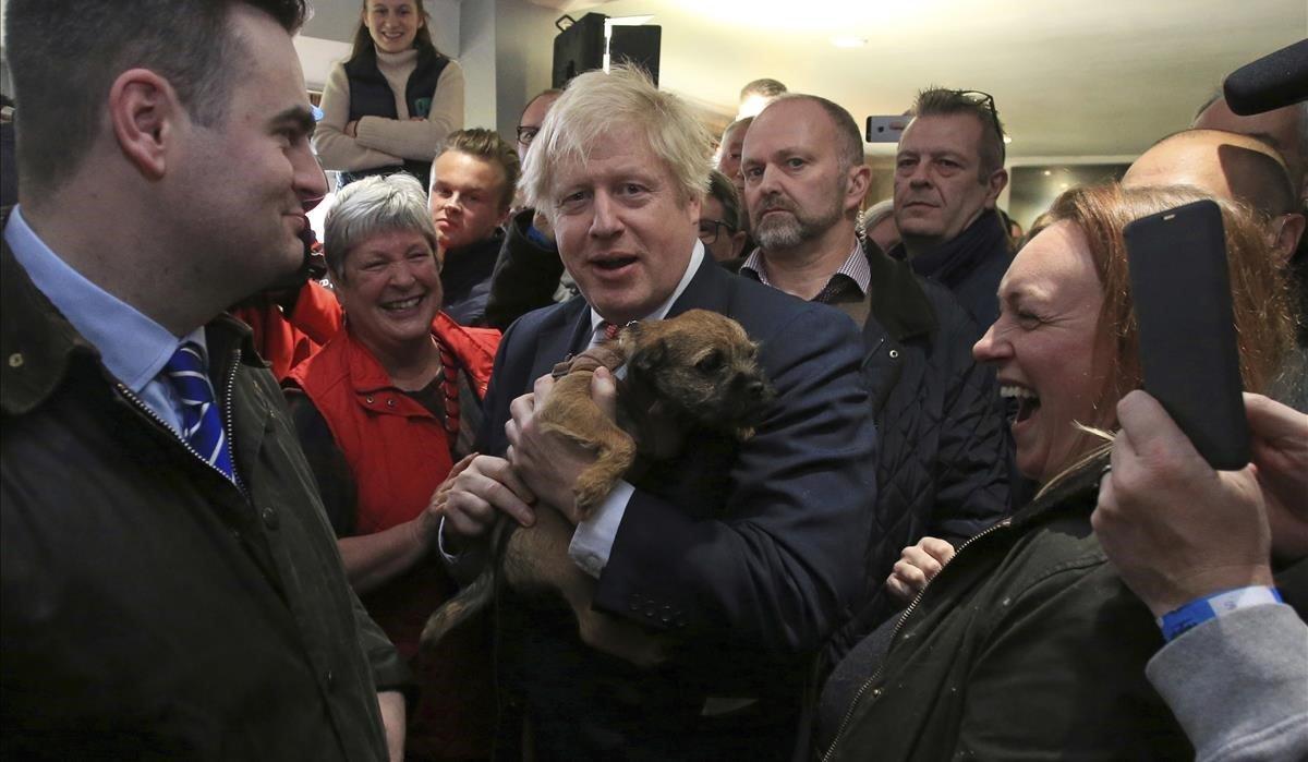 Johnson apel·la a la unitat del país i promet un projecte il·lusionant