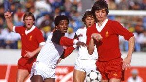 Alan Hansen, defensa de aquel Liverpool que cayó en 1984 ante el Flamengo de Zico.