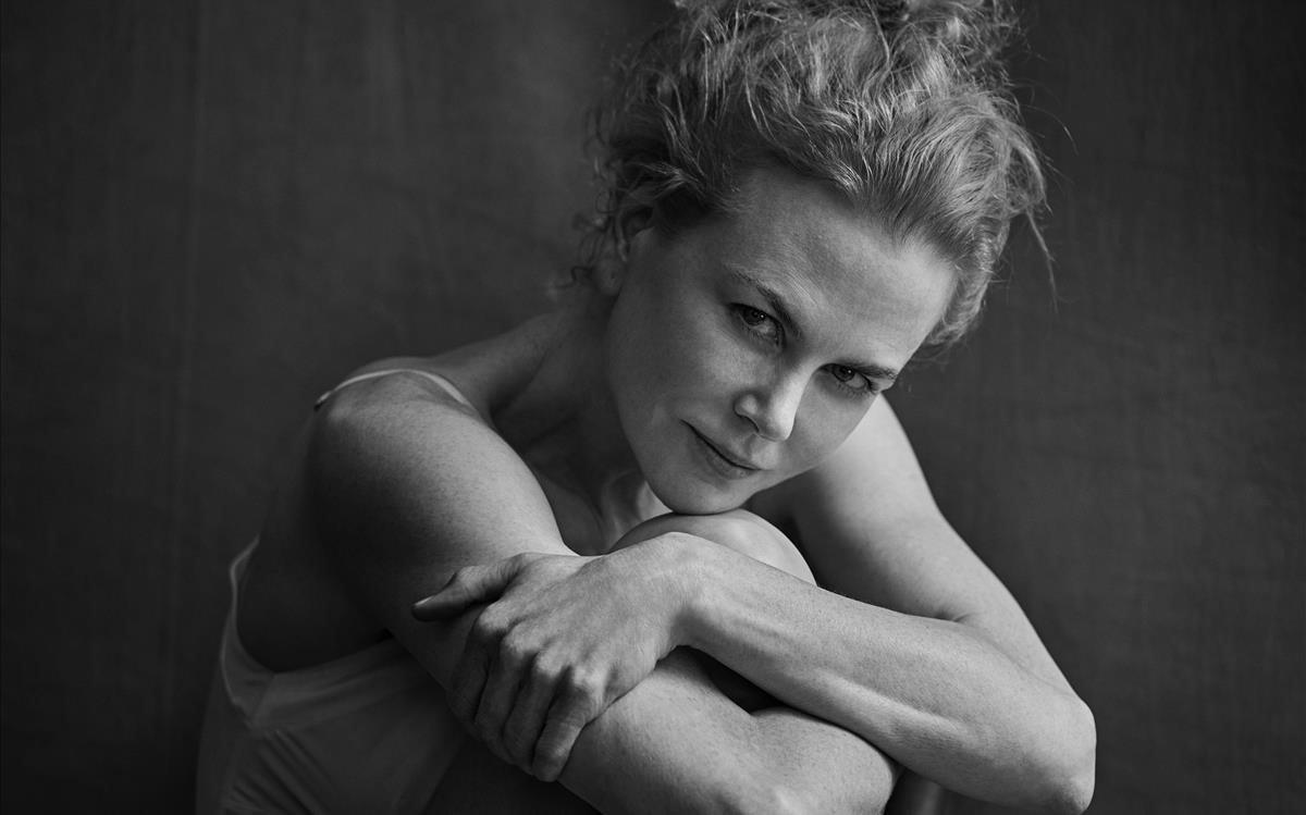 Nicole Kidman, fotografiada por el desaparecido Peter Lindbergh en uno de los calendarios Pirelli.