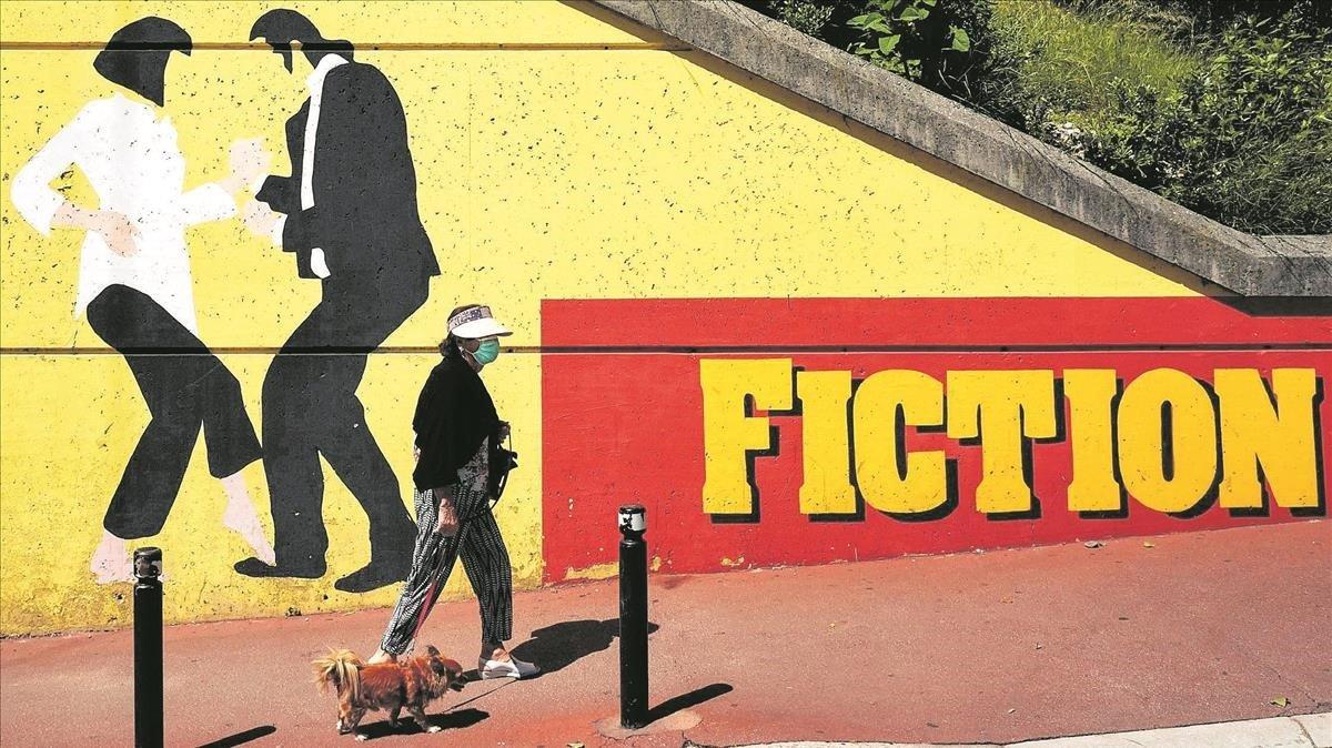 Un mural inspirado en 'Pulp Fiction' en Cannes.
