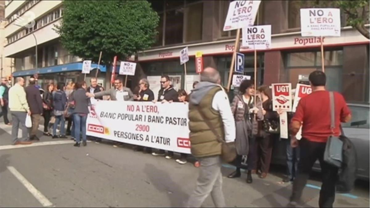 Antiguas protestas contra bancos en el 'TN'.