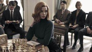 Ana Taylor-Joy, en una imagen de la serie 'Gambito de dama'.