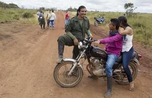 Miembros de las FARC durante su última conferencia en Yari, al sur de Colombia.