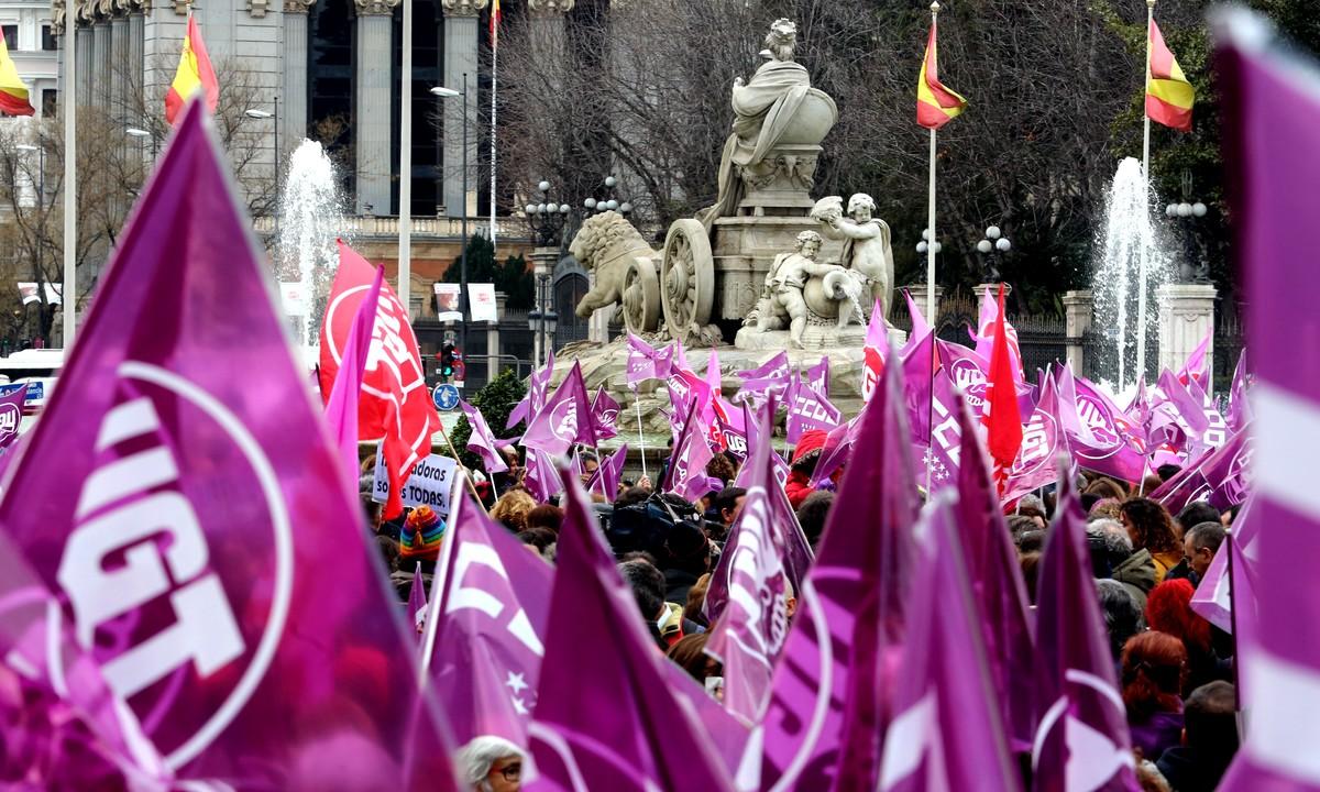 Huelga Feminista 8M en Cibeles