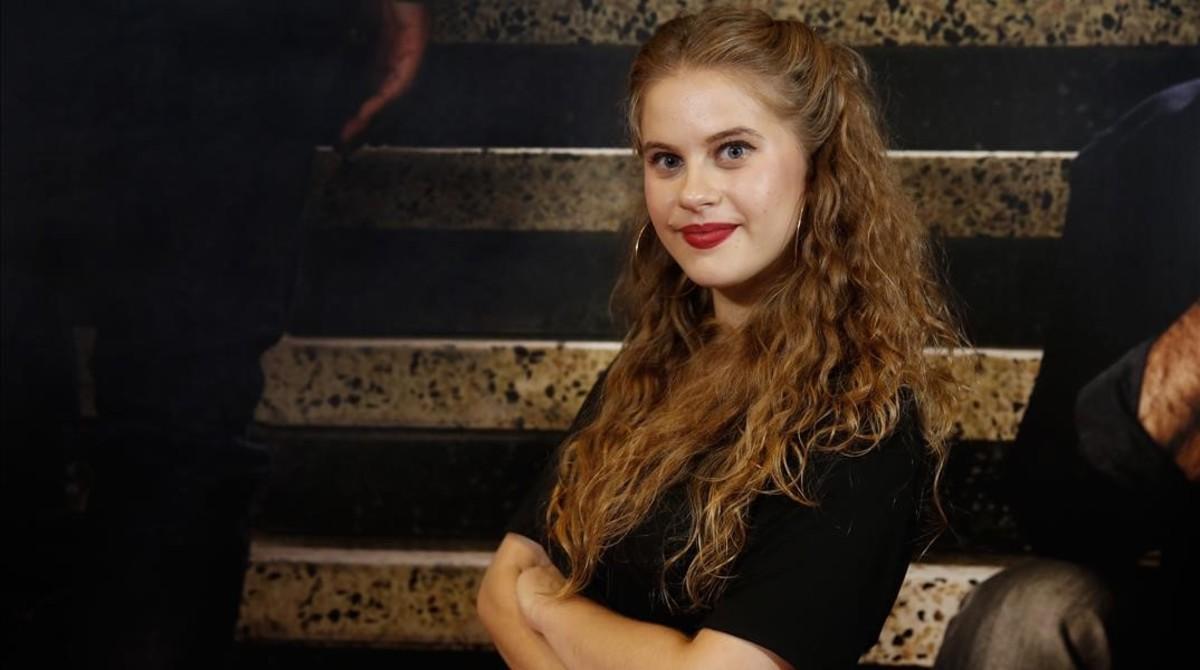 La actriz Elisabet Casanovas, que interpreta a Tània en la serie Merlí.