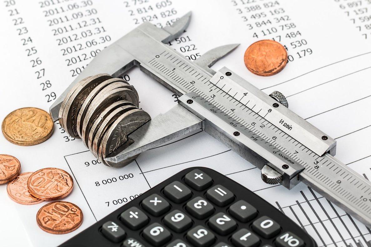 Diferencias entre ahorro e inversión: ¿qué me conviene más?