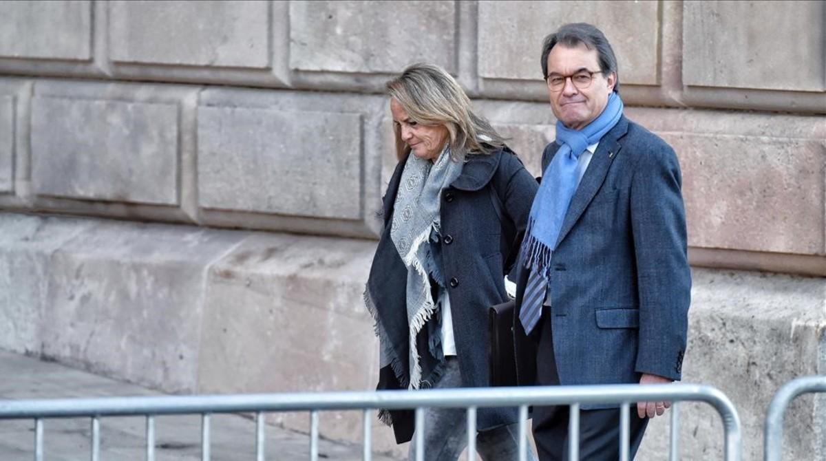 Artur Mas, a su llegada al TSJC, este jueves.