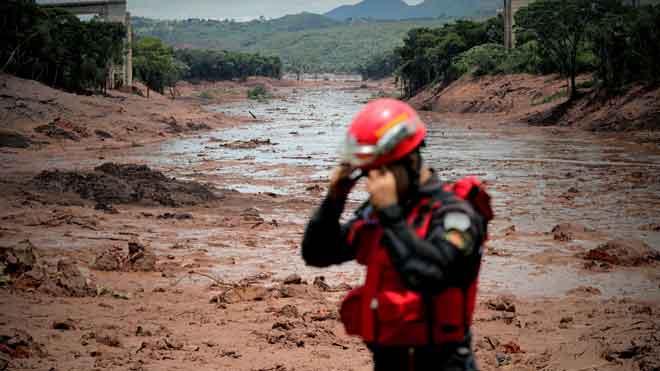 Ascienden a 58 los fallecidos tras la tragedia minera en Brasil.