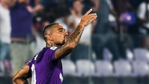 Boateng, con la camiseta de la Fiorentina.