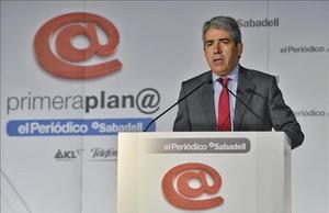 El cabeza de lista de Democràcia i Llibertat, Francesc Homs, en el foro Primera Plana de EL PERIÓDICO.